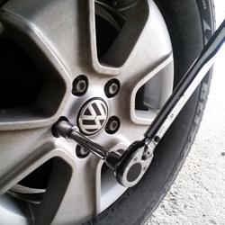 Muttern Radschrauben Nach Reifenwechsel Nachziehen
